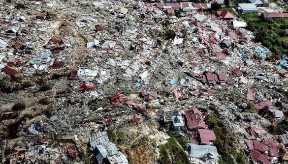 Влада Індонезії бореться з фейками, які масово поширюються після стихійних лих