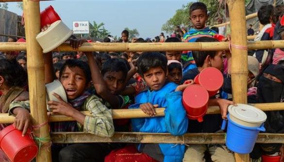 У М'янмі влада вела інтернет-пропаганду проти меншини рогінджа, — NYT