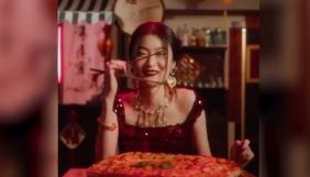 Бренд Dolce & Gabbana закликають бойкотувати через його рекламу в Instagram