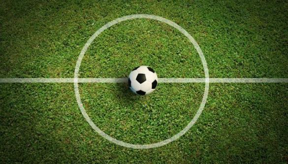 Детективная история о Федерации футбола, иностранных журналистах и джинсе