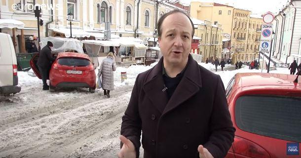 Російська служба Euronews вдалася до маніпуляцій у сюжеті про воєнний стан в Україні