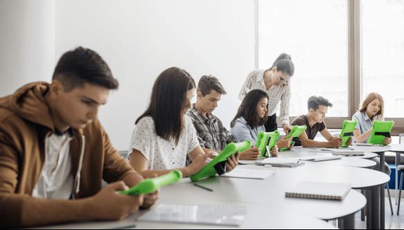 Як вчителі адаптуються до цифрової епохи. Приклад США