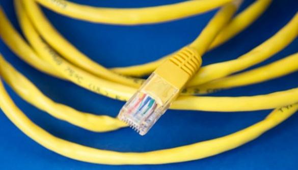 Обмеження прав в інтернеті: ризики для України