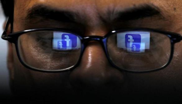 Facebook передає пости користувачів стороннім компаніям, які допомагають навчати алгоритми