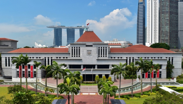 У Сінгапурі ухвалили закон проти фейків і маніпуляцій