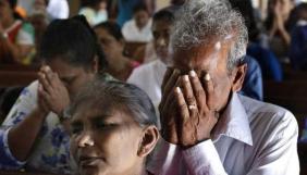 На Шрі-Ланці заблокували Facebook та Viber через тривалі заворушення