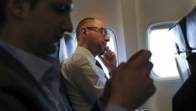 Медіа масово поширили фейк про втечу Яценюка з країни