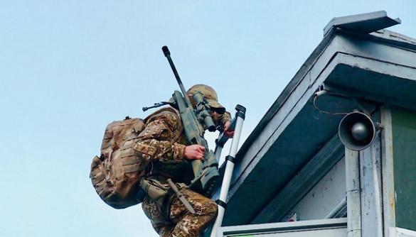 Вимога «мінера» київського мосту «не допустити капітуляції на Донбасі»: МВС спростовує