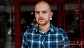 Бот Василь: як журналіст «Слідства.інфо» проник у ботоферму, де писав коментарі на користь Вакарчука та Гриценка