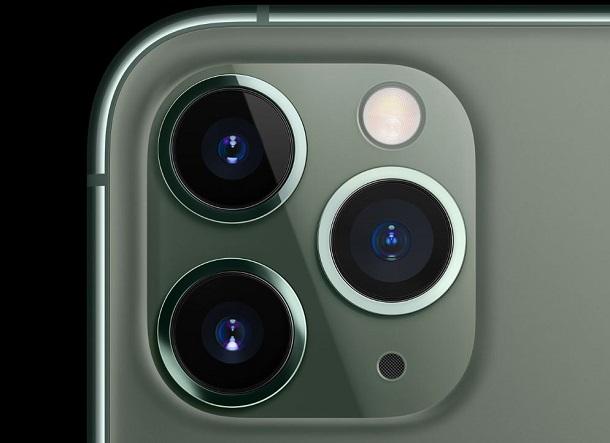 Останні iPhone потай стежать за локацією власників. Apple пояснила це новою технологією