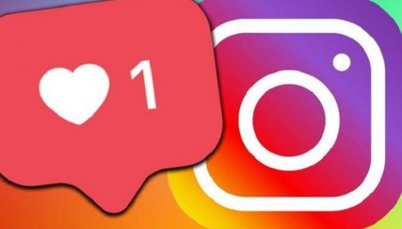 Instagram дозволила публікувати кілька фото в одній «історії»