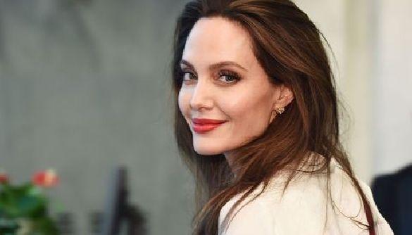 Анджеліна Джолі допомагатиме BBC створювати курс з медіаграмотності