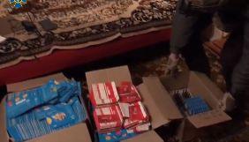 Коробки сім-карток та 8 тис. фейкових акаунтів: СБУ викрила ще одну ботоферму