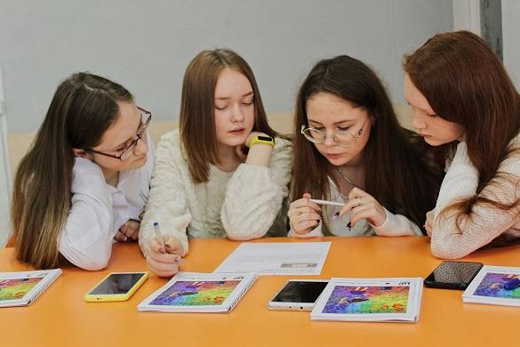 Підлітки навчатимуть медіаграмотності однолітків у Добропіллі