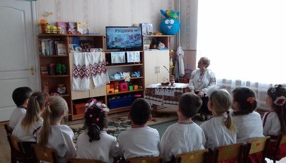 Цифровий етикет і конкурс батьківських газет: як впроваджують медіаосвіту в дитсадку Жмеринки