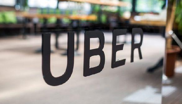 Uber блокуватиме акаунти клієнтів і водіїв з COVID-19. МОЗ не знає, звідки в компанії ці дані