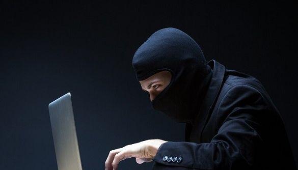 Російські хакери зламали поштові акаунти канцелярії Меркель просто з німецького парламенту — ЗМІ