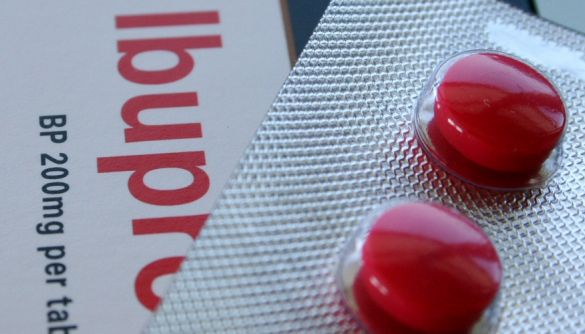 Британські вчені тестують ібупрофен для лікування хворих на коронавірус