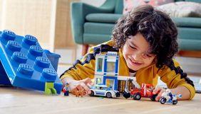 Lego відмовилася від реклами конструкторів з поліцейськими і Білим домом через масові протести у США