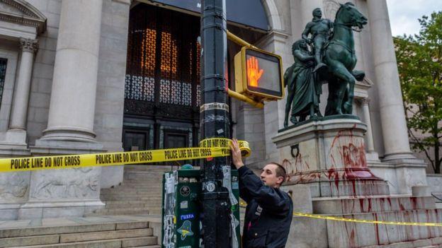 Американський музей природничої історії демонтує статую Теодора Рузвельта