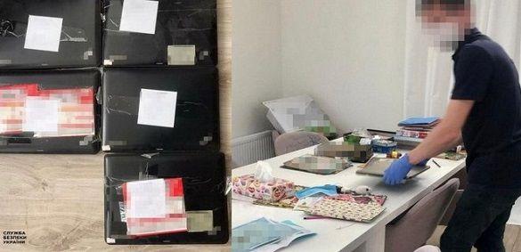 СБУ затримала групу хакерів, які обкрадали банківські рахунки