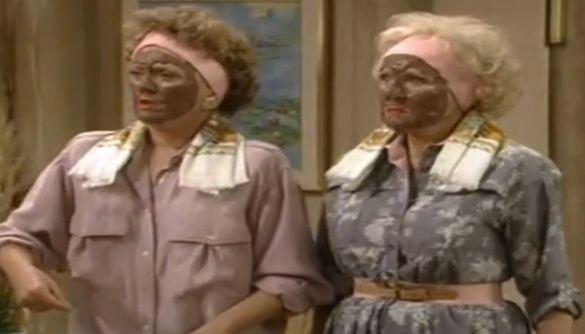 Стрімінговий сервіс Hulu вилучив із каталогу епізод ситкому 1988 року через використання «блекфейсу»