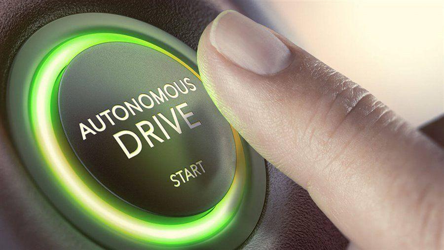 Tesla «дуже близька» до створення повністю автономного автомобілю