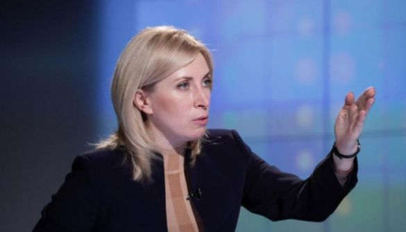 Після суперечки про «привітання з Днем Росії» Ірина Верещук не припинила атакувати Порошенка в токшоу — моніторинг