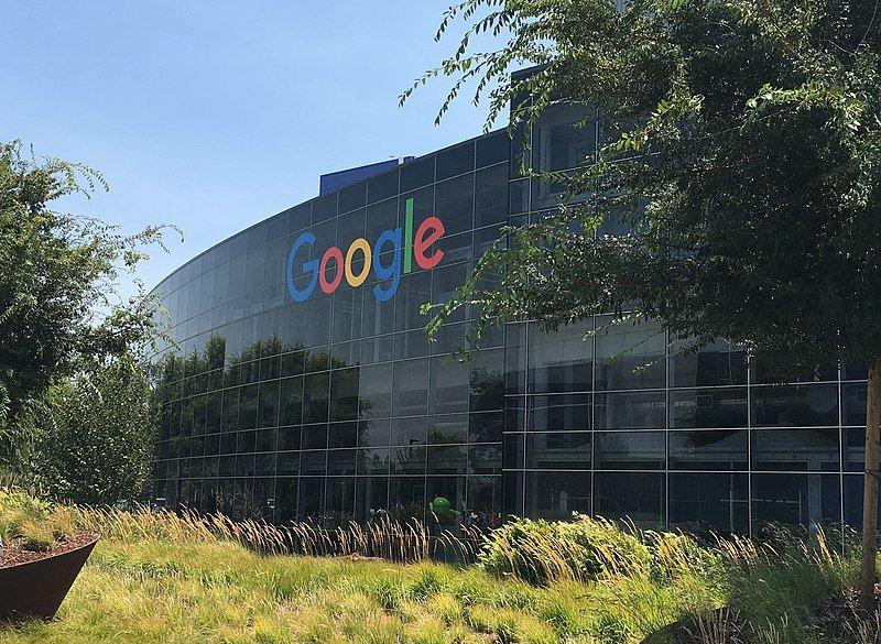 Проти Google подали позов через стеження за користувачами