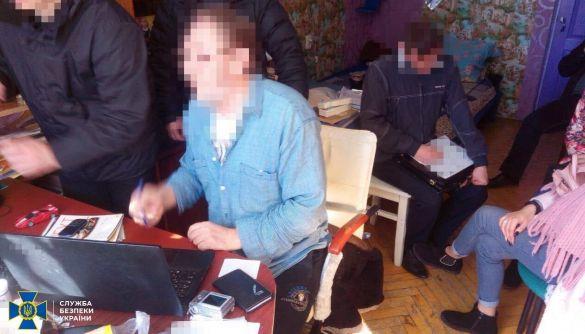 У Черкасах викрили антиукраїнського агітатора - члена Спілки письменників Росії - СБУ