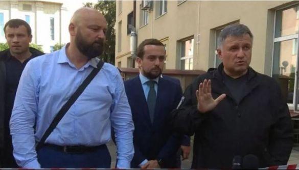 Аваков звинуватив ЗМІ в дезінформації про «луцького терориста». Цю інформацію раніше поширив телеграм-канал Нацполіції