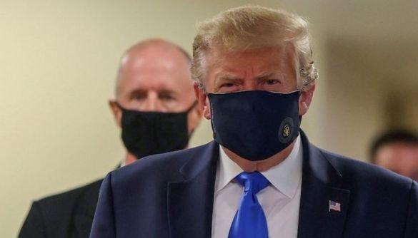 Трамп закликав американців носити маски, хоча сам раніше виступав проти цієї ідеї
