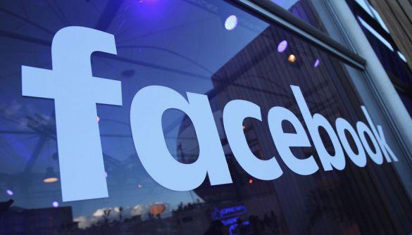 Facebook тестує новий дизайн сторінок без кнопки «лайк»