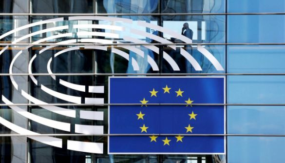 ЄС вводить перші в історії санкції через кібератаки. До списку потрапили четверо росіян з ГРУ