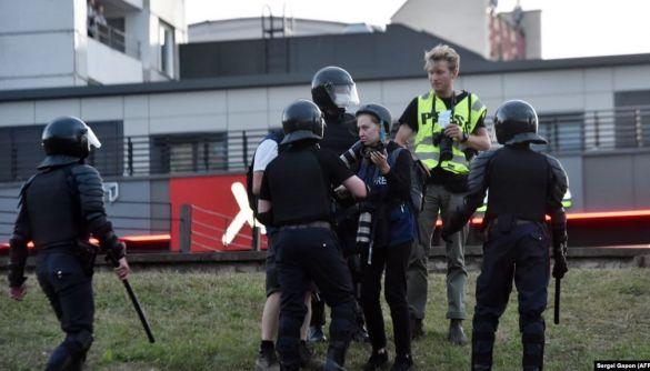 Затримання, звільнення і телеграм-організатори. Що відбувається з медіа й журналістами в Білорусі, де тривають протести