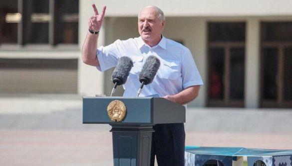«Третій має піти». Як білоруське телебачення насміхається з Лукашенка