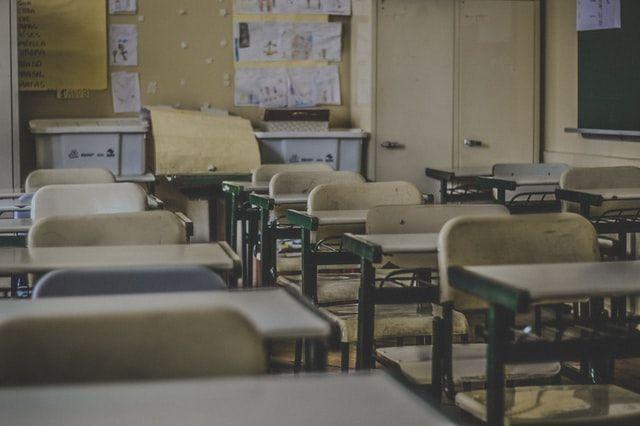МОЗ оновило правила навчання в школах під час пандемії COVID-19