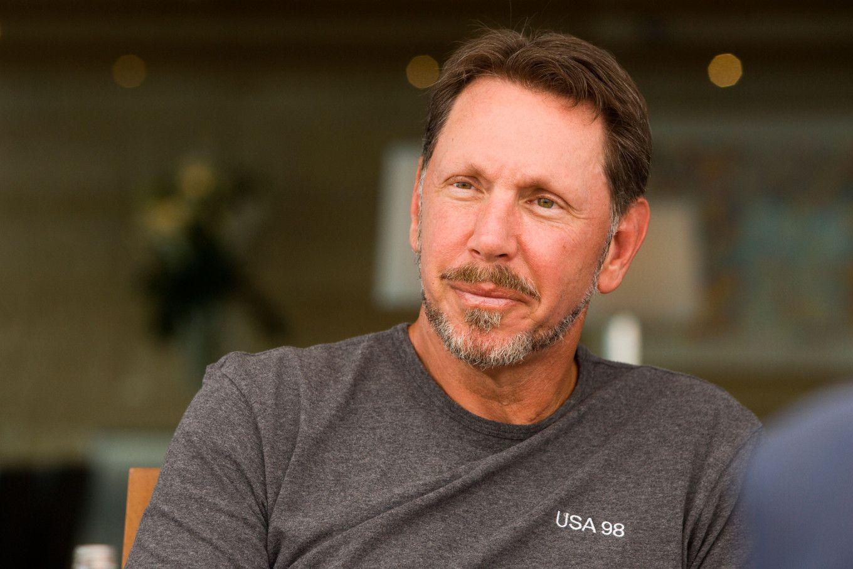Американські інвестори просять Oracle придбати активи TikTok в США