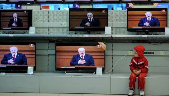 Російські пропагандисти переконують білорусів «не перетворювати площу Незалежності в майдан Незалежності», – моніторинг