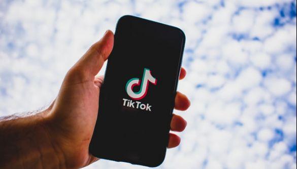Oracle та Walmart заплатять $12 млрд за покупку частини TikTok