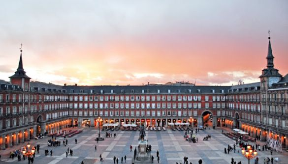 У столиці Іспанії ввели надзвичайний стан через спалах коронавірусу