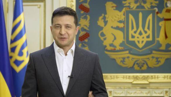 Зеленський анонсував всеукраїнське опитування 25 жовтня. Це референдум чи ні? Президент має на це право? Про що буде опитування?(ОНОВЛЕНО)