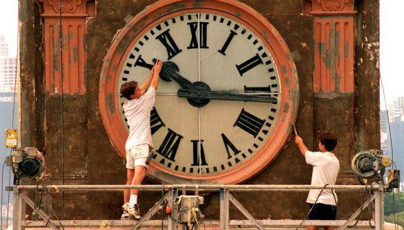 «Маневр» від ідеолога «Слуги народу». Чи перестануть українці переводити годинники