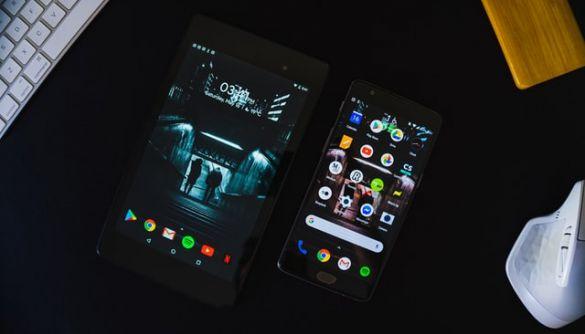 У Google Play – у 3 рази більше завантажень додатків, ніж в App Store. При цьому Apple заробила в 2 рази більше