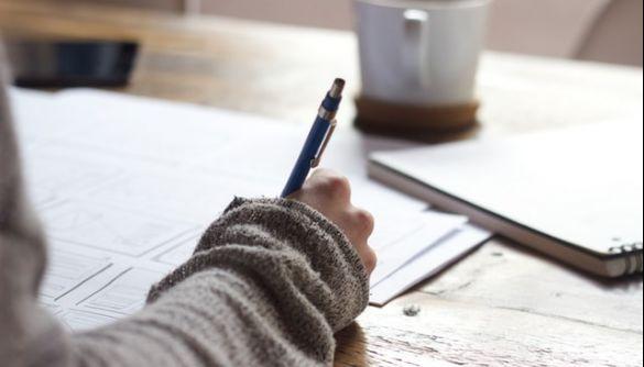 У Міносвіти вважають, що школам слід готуватись до дистанційного навчання