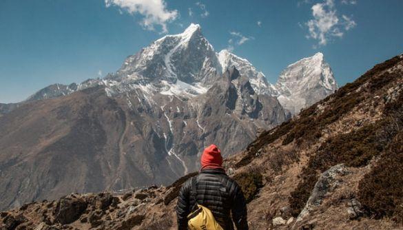 Еверест знову закрили на карантин через коронавірус