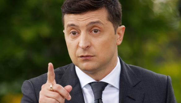Канали Пінчука й Ахметова не побачили проблем із опитуванням Зеленського — моніторинг