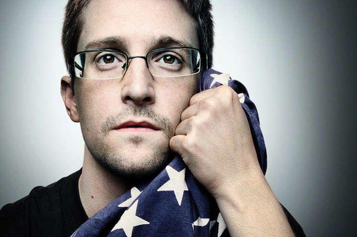 Ексрозвідник Сноуден подав заявку на отримання російського громадянства