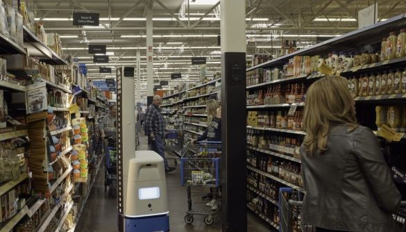 Walmart відмовилася від роботів для інвентаризації товарів. Їхнє місце займуть люди