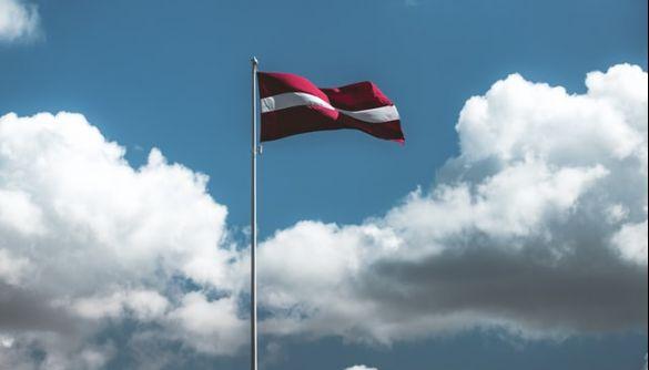 Латвія вводить надзвичайний стан через спалах COVID-19. За порушення — штраф до 2 тис. євро